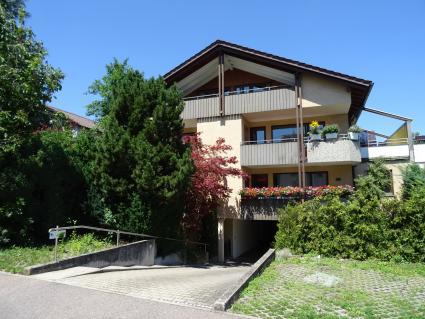 VORANKÜNDIGUNG - riesige 6 Zi-Wohnung in Südlage